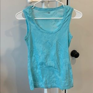 Three Dots blue pattern tank size s